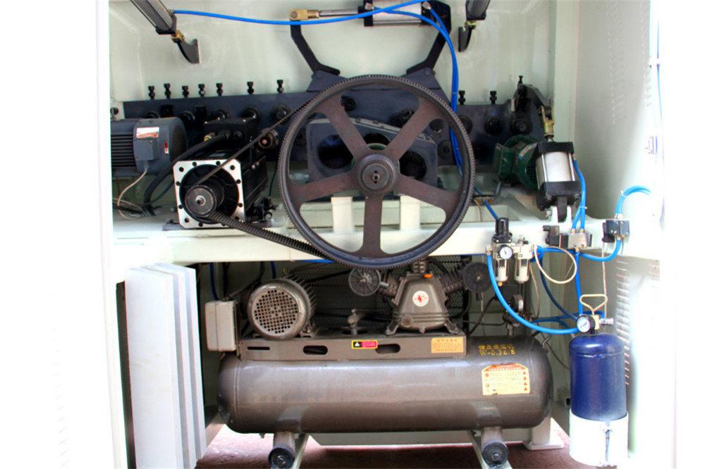 CNC Tel bükme maşını4
